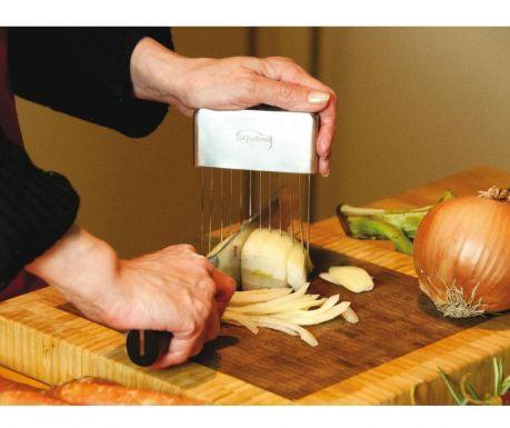 Pomôcka na sekanie zeleniny Fern