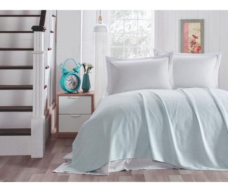 Set s posteljnim pregrinjalom King Mint